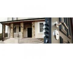 Изготовление, доставка и установка входных металлически дверей.