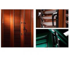 Регулируемые ставни  и москитные системы для окон и дверей.