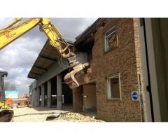 Снос и демонтаж кирпичных зданий и сооружений.